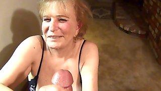 Clitoris piercing period